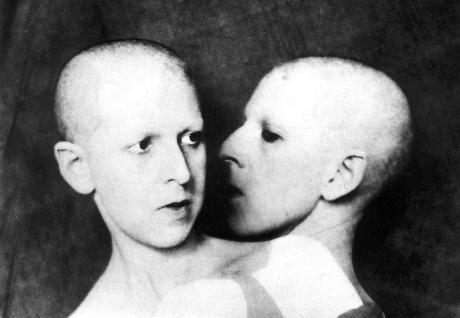 Claude Cahun (Lucy Schwob), Que me veux-tu?, 1928.