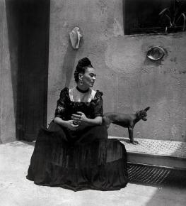 Frida Kahlo by Lola Álvarez Bravo, ca. 1944 (©Frida Kahlo Museum)
